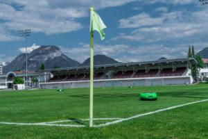 Imow Team pour entretenir les terrains de foot